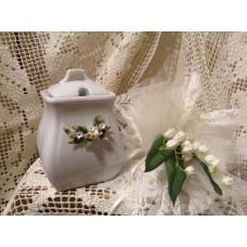 zuccheriera piccola in porcellana bianca