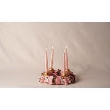 Centrotavola raso e perle rosa